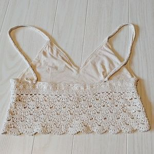 Zbrand Tops - Cute crochet look crop tank